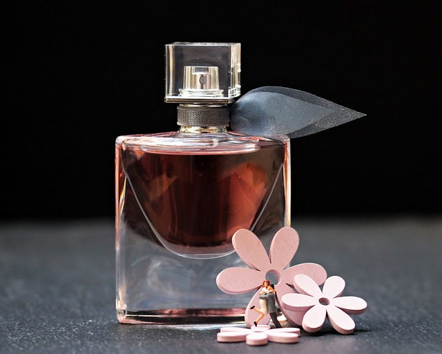 Consigli sull'acquisto di un profumo naturale